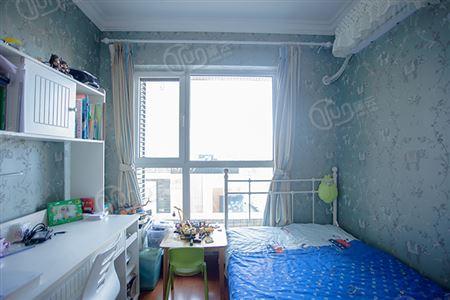 富力城二期天霖园-卧室