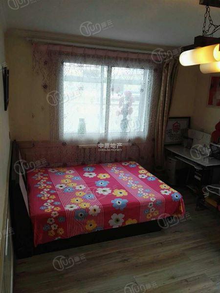 雅安东里-卧室