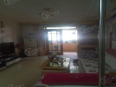 海峰公寓-客厅