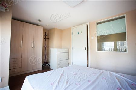 城上城龙亭家园-卧室